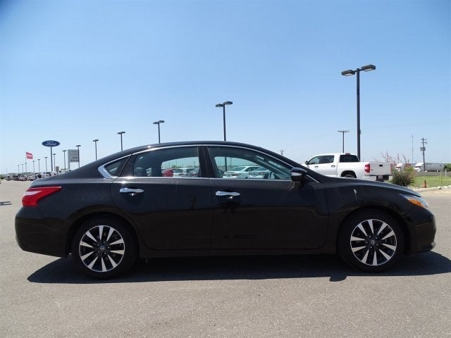2017 Nissan Altima 2 5 Sl In Laredo Tx Ancira Volkswagen Of